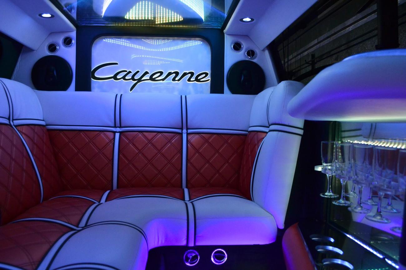 Салон Porsche Cayenne